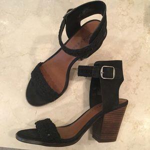 Lucky Brand Oakes Sandal